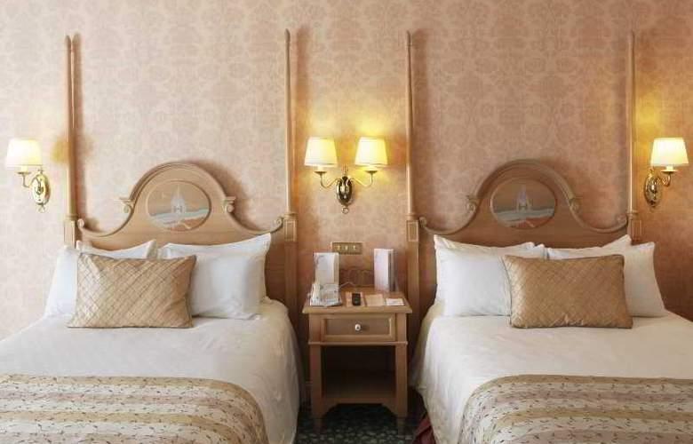 Disneyland Hotel - Room - 3