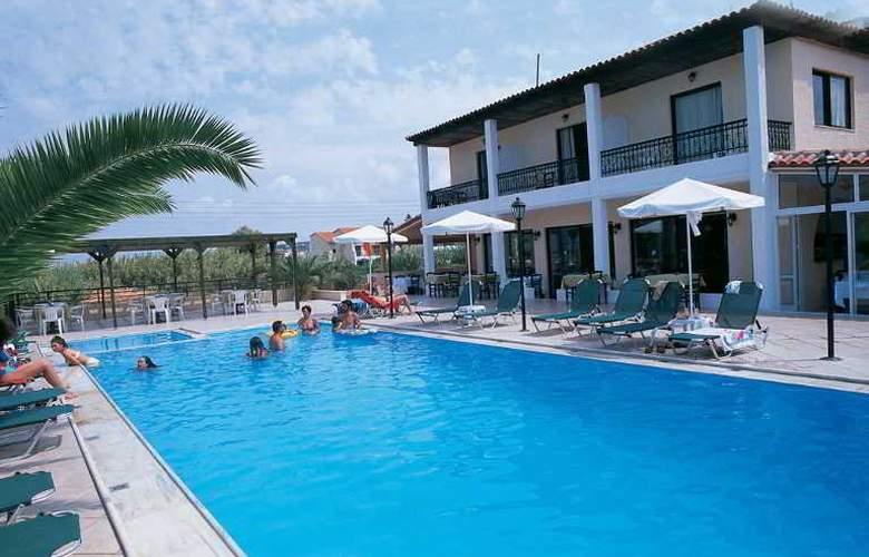 Creta Residence - Pool - 5