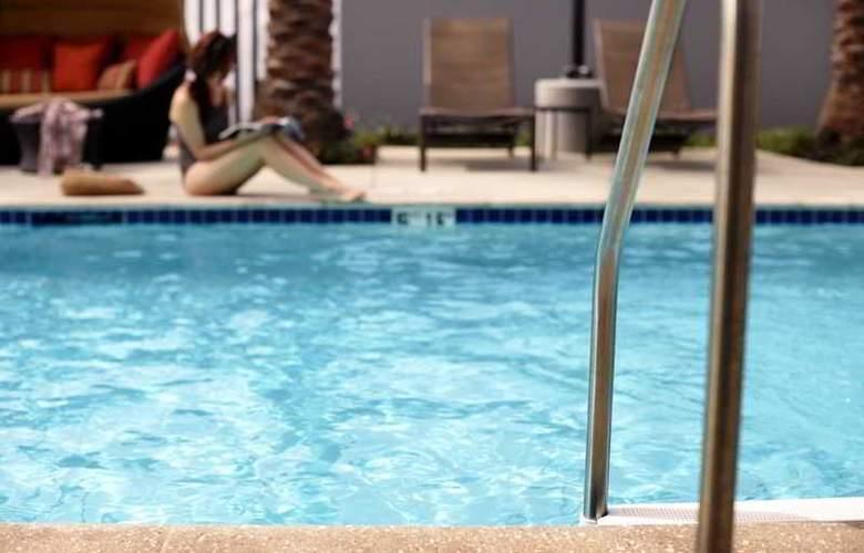 Hyatt Place Colorado Springs - Pool - 8