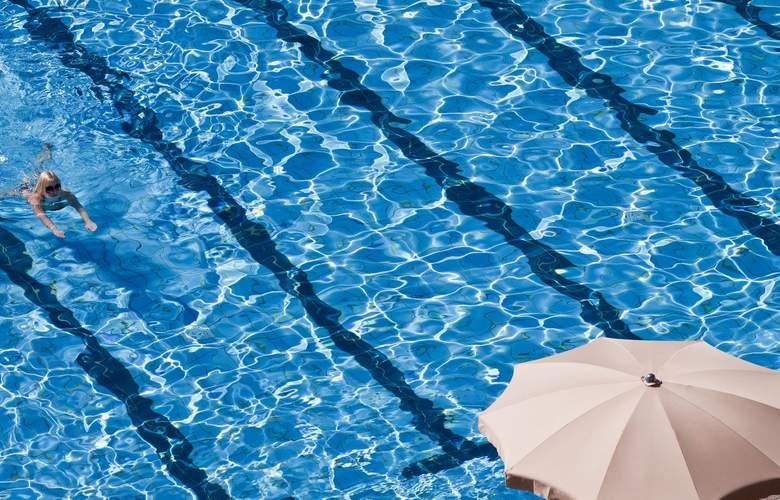 Grand Hotel Dino - Pool - 3