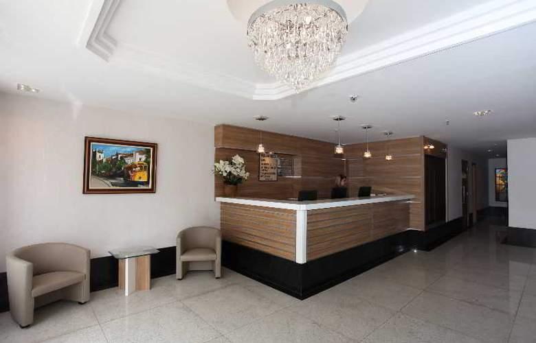 FLUMINENSE HOTEL - Beach - 4
