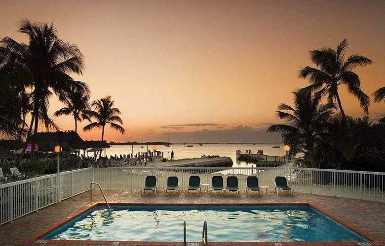 Bayside Inn Key Largo - Pool - 4