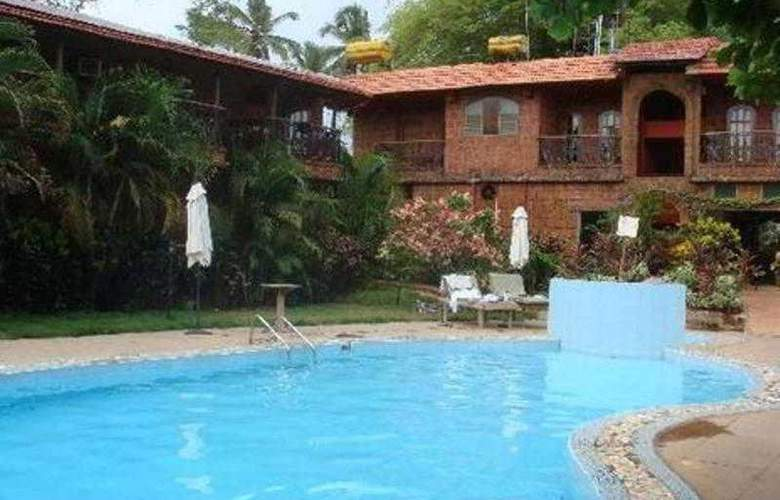 Seabreeze Resort - Pool - 11
