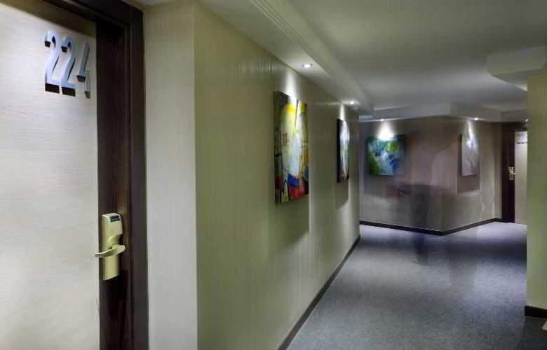 Nuevo Torreluz - Hotel - 8