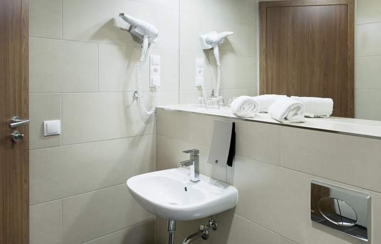 IBB Blue Hotel Berlin-Airport - Room - 10