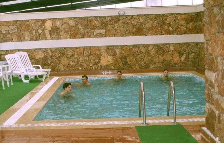 Kaya Prestige Sunshine Hotel - Pool - 7