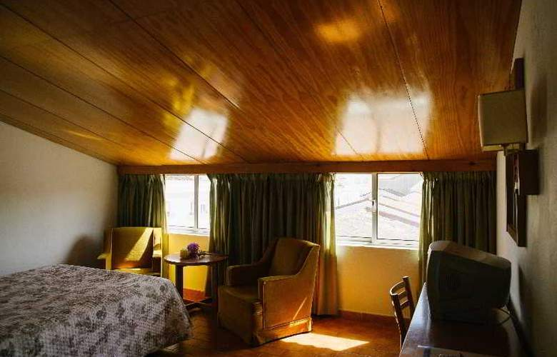 Sierra Aracena - Room - 31
