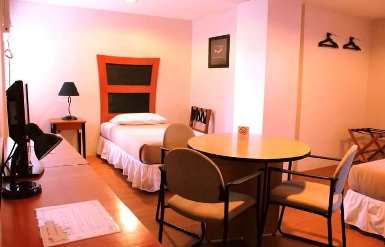 Creekside Amorsolo Hotel - Hotel - 5