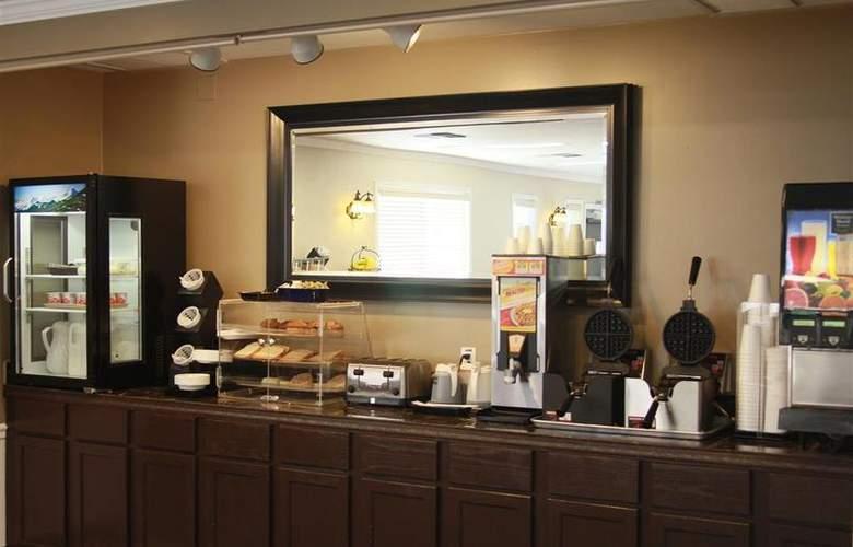 Best Western Lakewood Motor Inn - Restaurant - 25