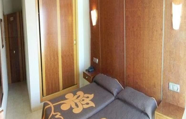 N-CH - Room - 4