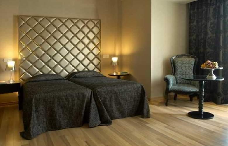 Cleopatra Hotel - Room - 2