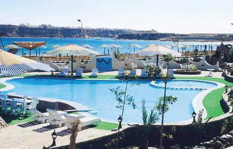 Turquoise Beach Hotel - Pool - 4