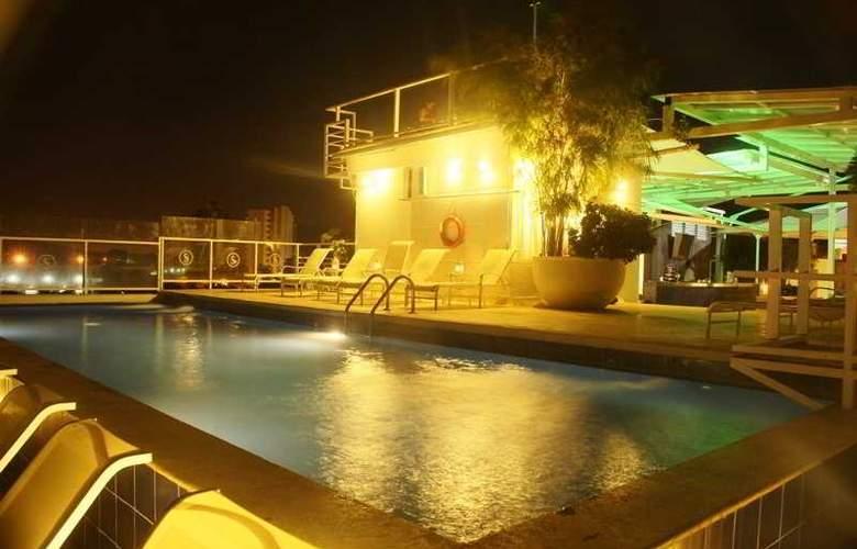 Santorini Resort - Pool - 2