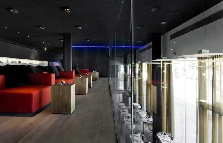 Carbon Hotel - Restaurant - 5