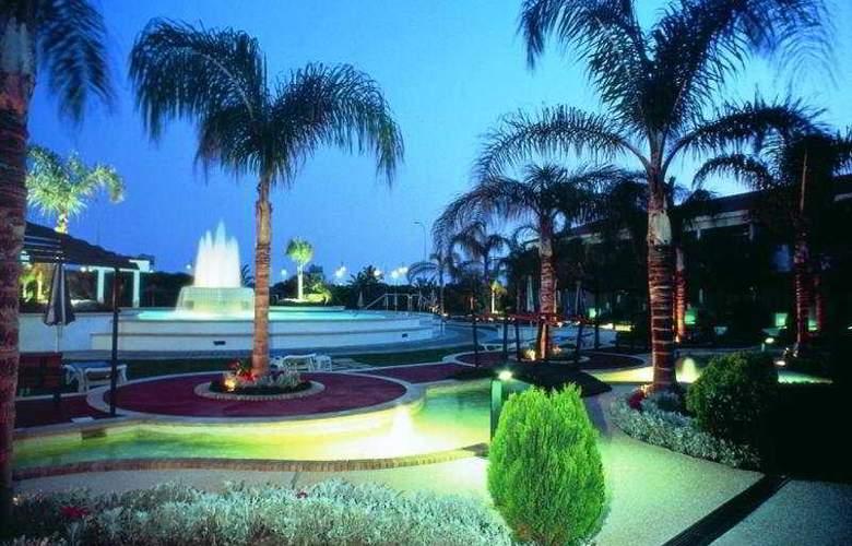 Faros Hotel - Terrace - 6
