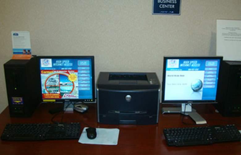 Howard Johnson Inn Jamaica JFK Airport NYC - Services - 4