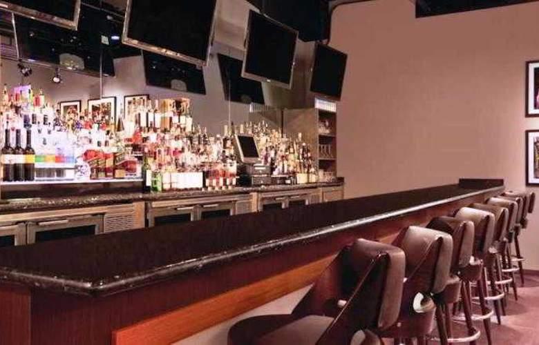 Ohana Waikiki Malia - Bar - 5