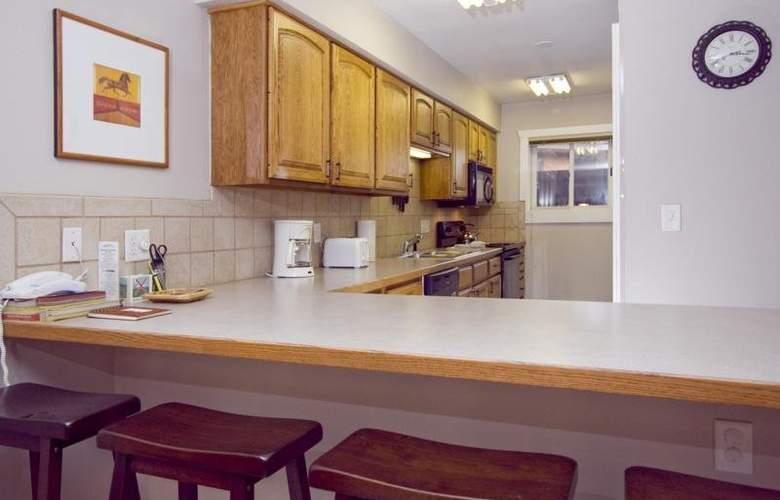 Sawmill Creek Condos - Room - 8