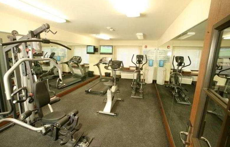 Microtel Inn & Suites by Wyndham Ciudad Juarez/By US Consula - Sport - 9