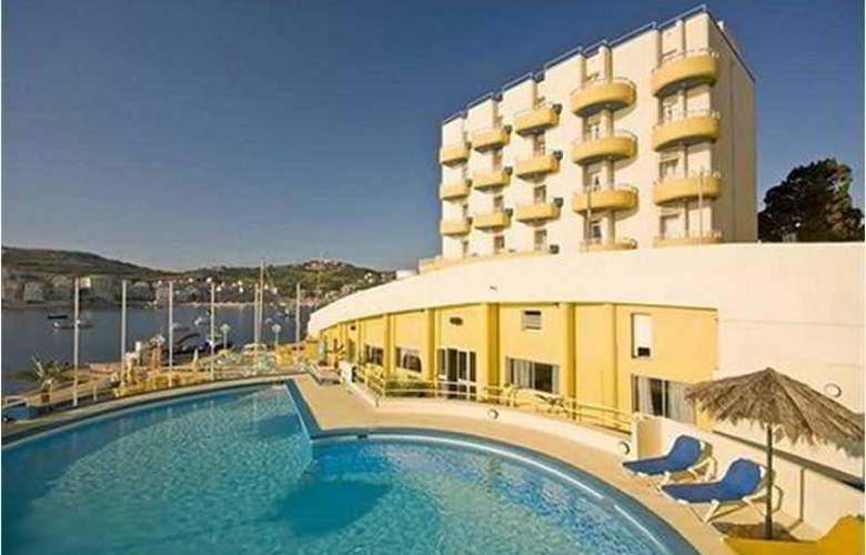 Ambassador - Hotel - 4