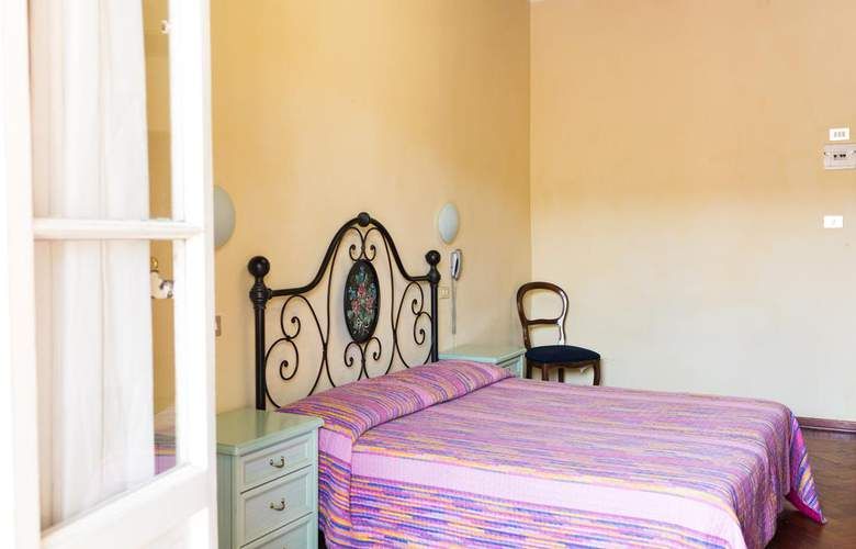 Basilea - Room - 2