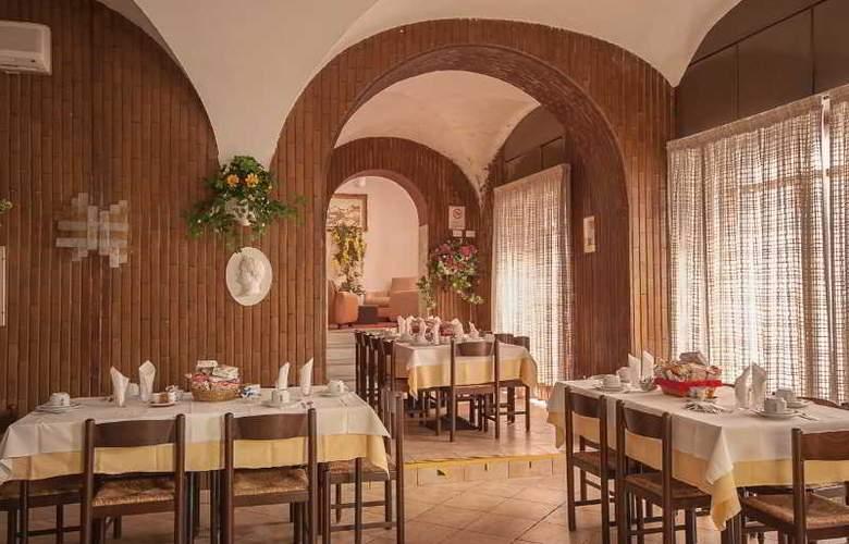 TIRRENO - Restaurant - 12