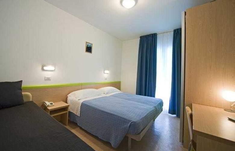 Savina - Room - 2