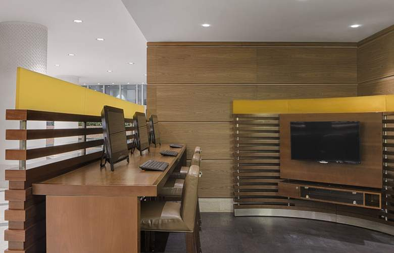 Sheraton Club des Pins Resort and Towers - Services - 7