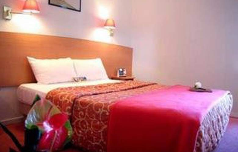 Lagny sur Marne Comfort Hotel - Room - 2