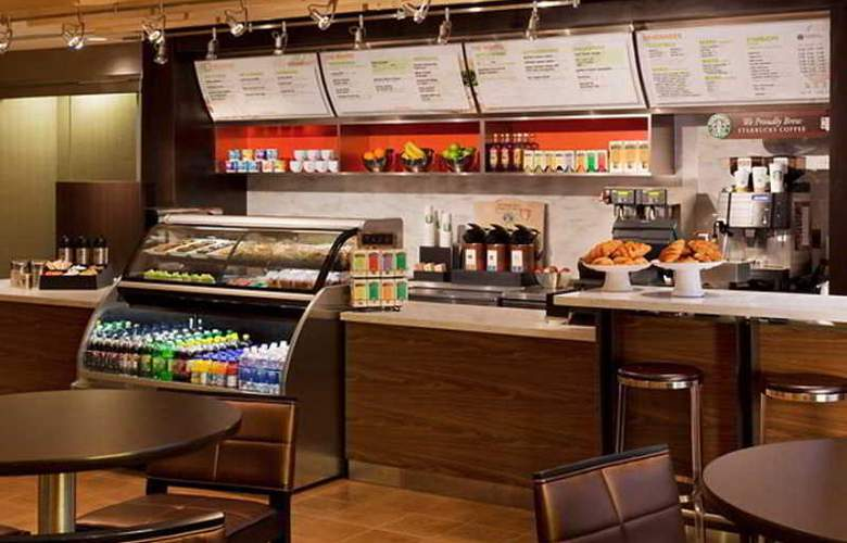 Courtyard by Marriott Downtown Toronto - Restaurant - 11