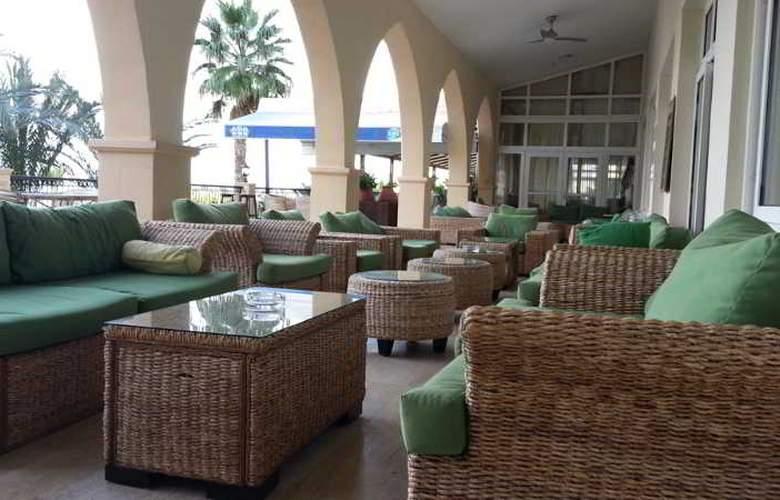 Oscar Resort - Terrace - 53