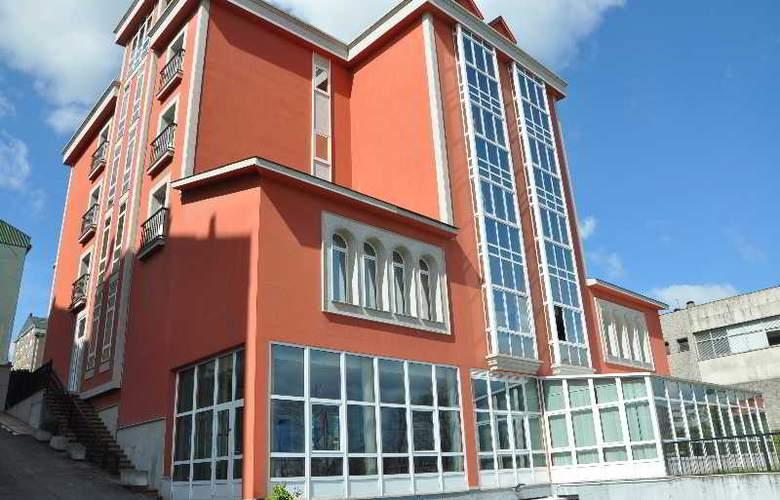 Crunia - Hotel - 11