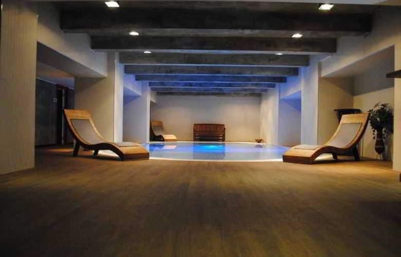 Legacy Ottoman Hotel - Pool - 5