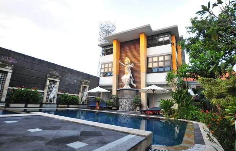 Sandat Legian Hotel - Pool - 10