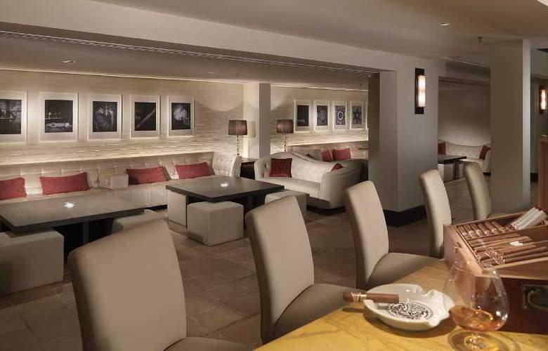 MiCasa All Suites Hotel Kuala Lumpur - Restaurant - 14