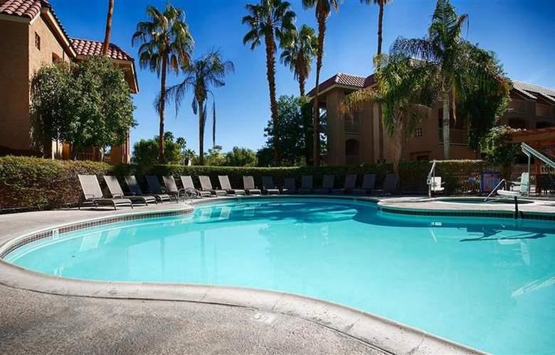 Best Western Plus Palm Desert Resort - Pool - 32