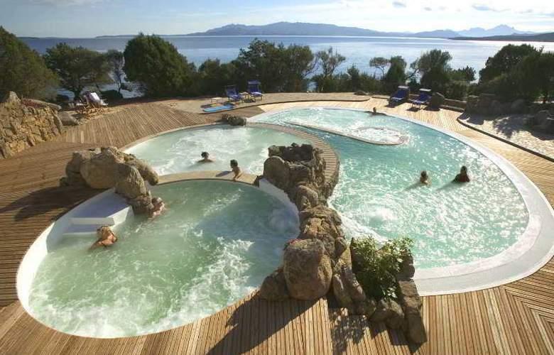 Capo D'Orso Palau - Pool - 1