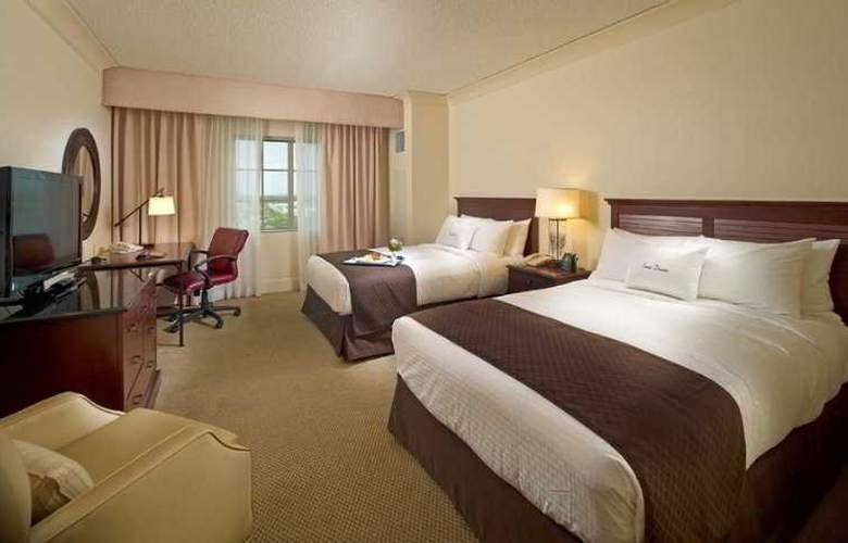 DoubleTree by Hilton Sunrise-Sawgrass Mills - Room - 4
