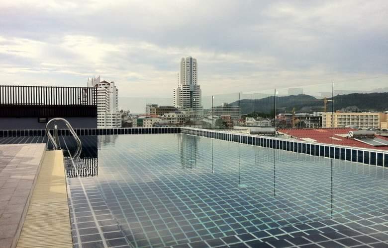 Hallo Patong Dormtel & Restaurant - Pool - 10