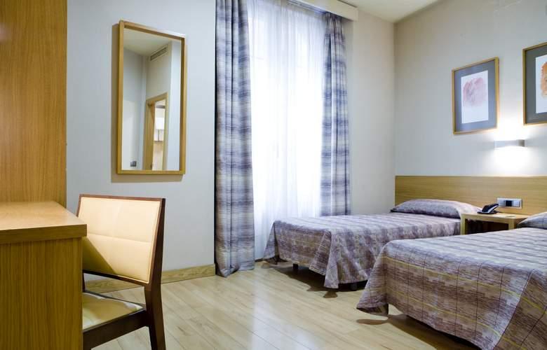 Hostal El Pasaje - Room - 16