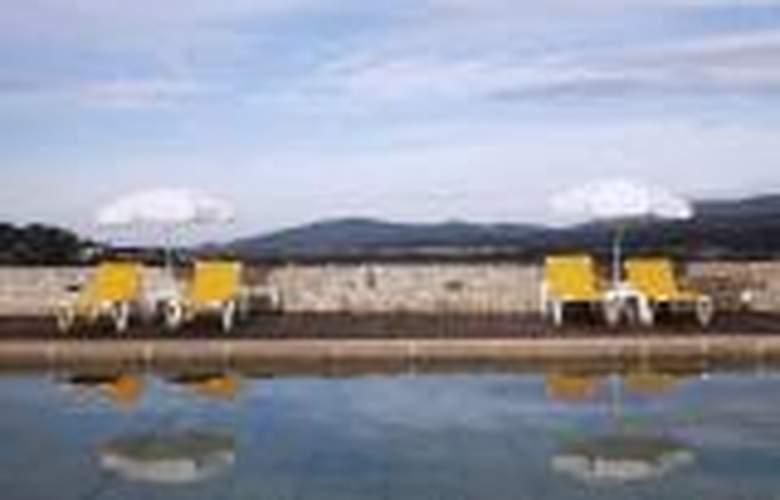 Boega - Pool - 3
