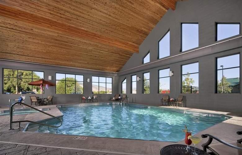 Best Western Ivy Inn & Suites - Sport - 87