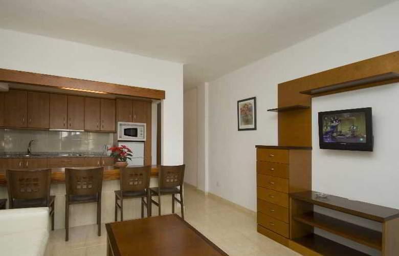 Labranda Playa Club - Room - 9