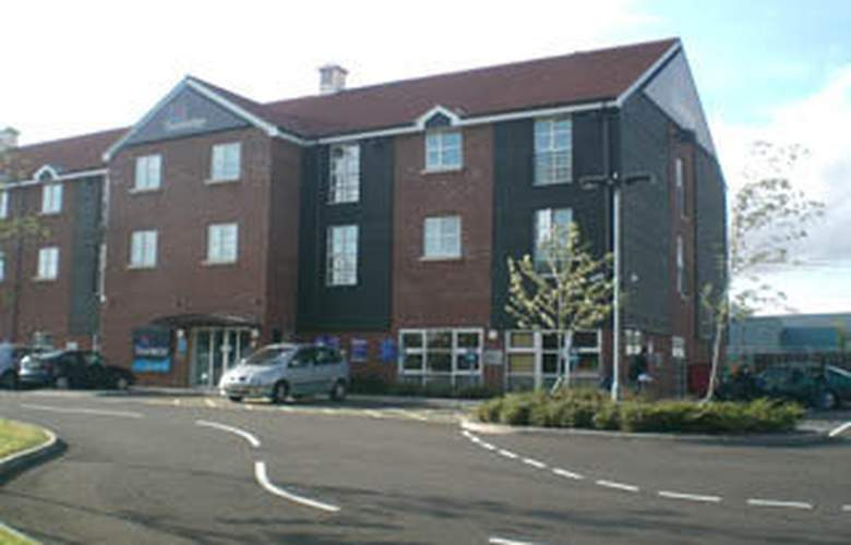 Travelodge Stansted Great Dunmow - Hotel - 0