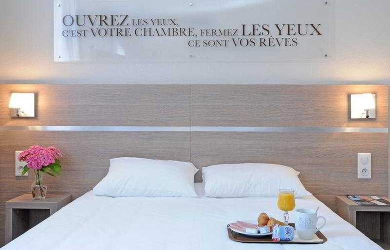 Kyriad Lyon Croix Rousse - Room - 0
