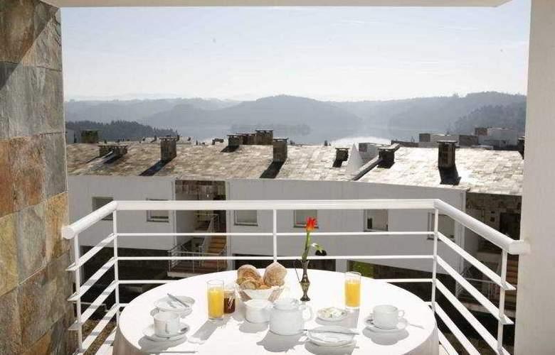 Montebelo Aguieira Lake Resort and Spa - Terrace - 6