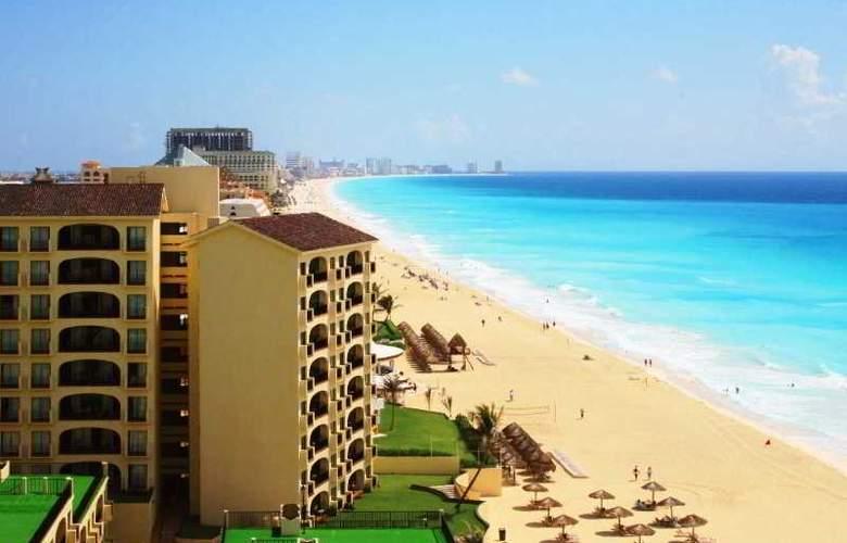 Emporio Hotel & suites Cancun - Beach - 18