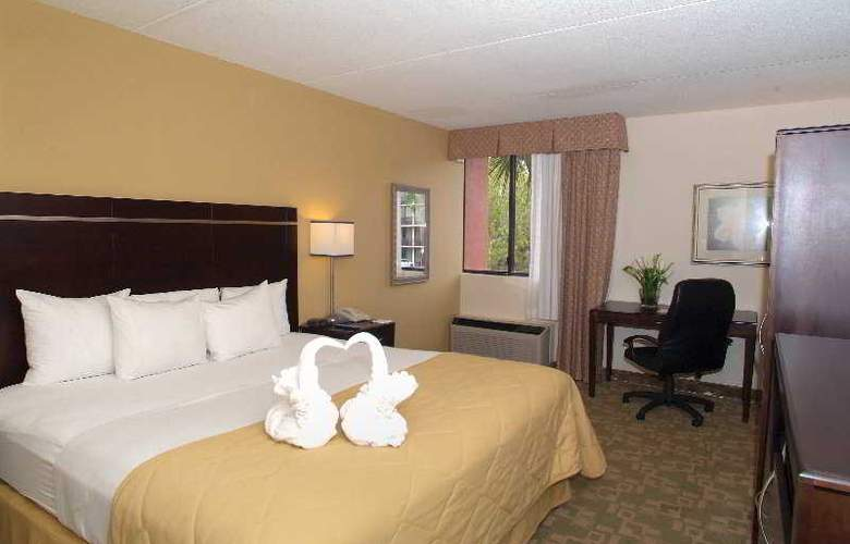 Clarion Inn & Suites Orlando International Drive - Room - 2