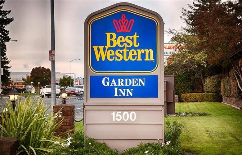 Best Western Plus Garden Inn - Hotel - 11