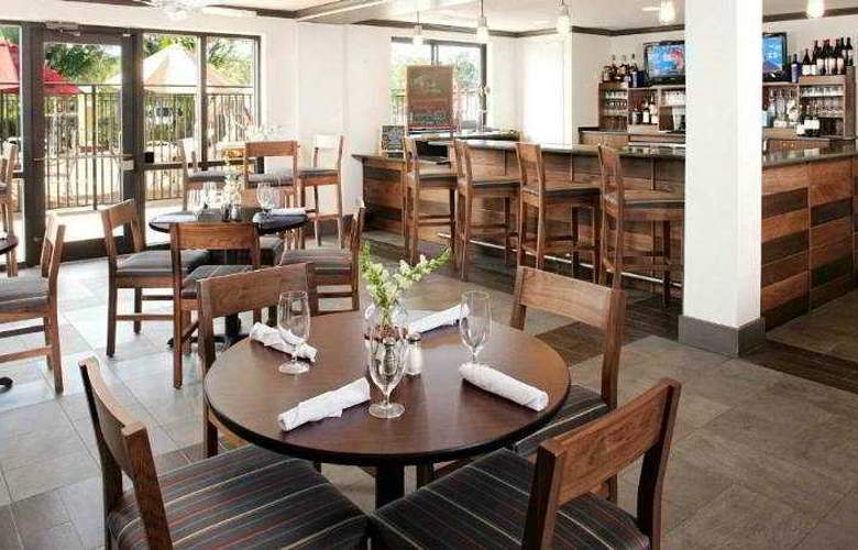 Four Points By Sheraton Fort Myers Airport - Restaurant - 4